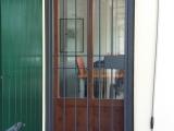 P08 Porta inferriata ad un anta in stile classico